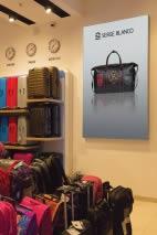 habillage magasin Serge Blanco